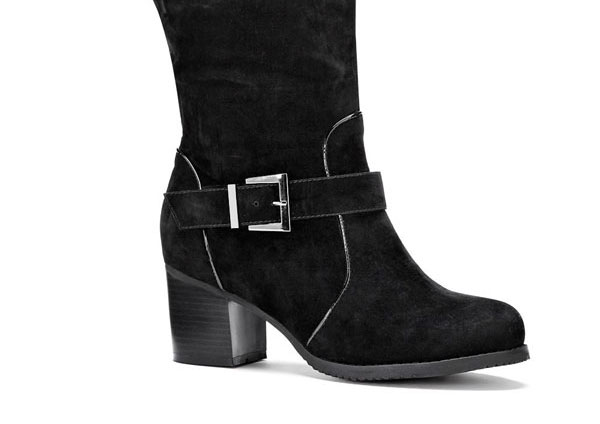 Wide Calf Suede boots with thick heel.