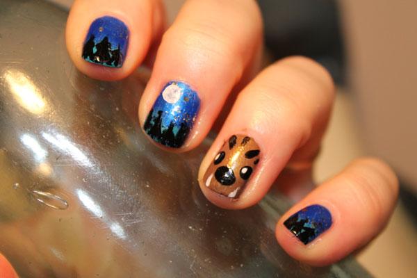 A close up of my werewolf nail art.