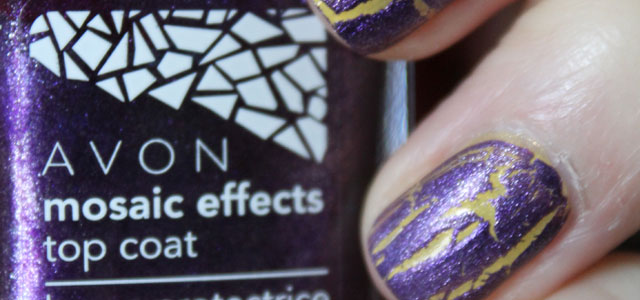 My first attempt at crackle nail polish with Avon's Mosaic Effects.
