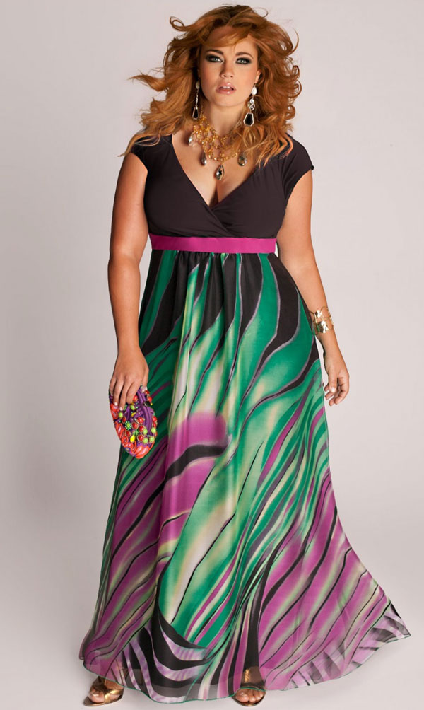 A colorful maxi dress for summer.