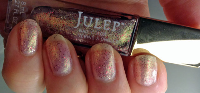 A pretty gold microglitter with hints of pink and opal.