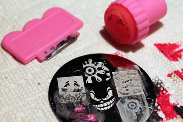 My nail stamp and scraper.