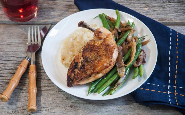A quick look at Chef's Plate Chicken Supreme with mashed potatoes and asparagus.