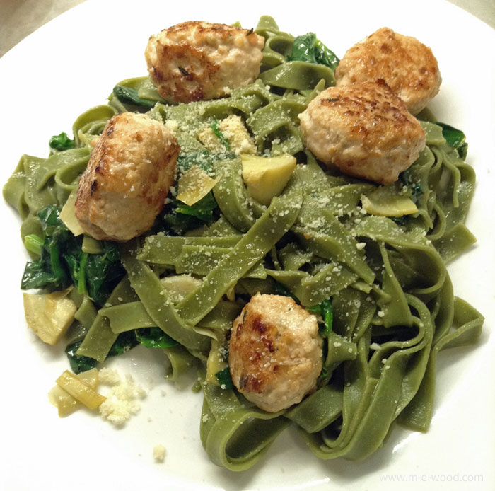 Fresh spinach fettuccine and turkey meatballs from Chef's Plate.