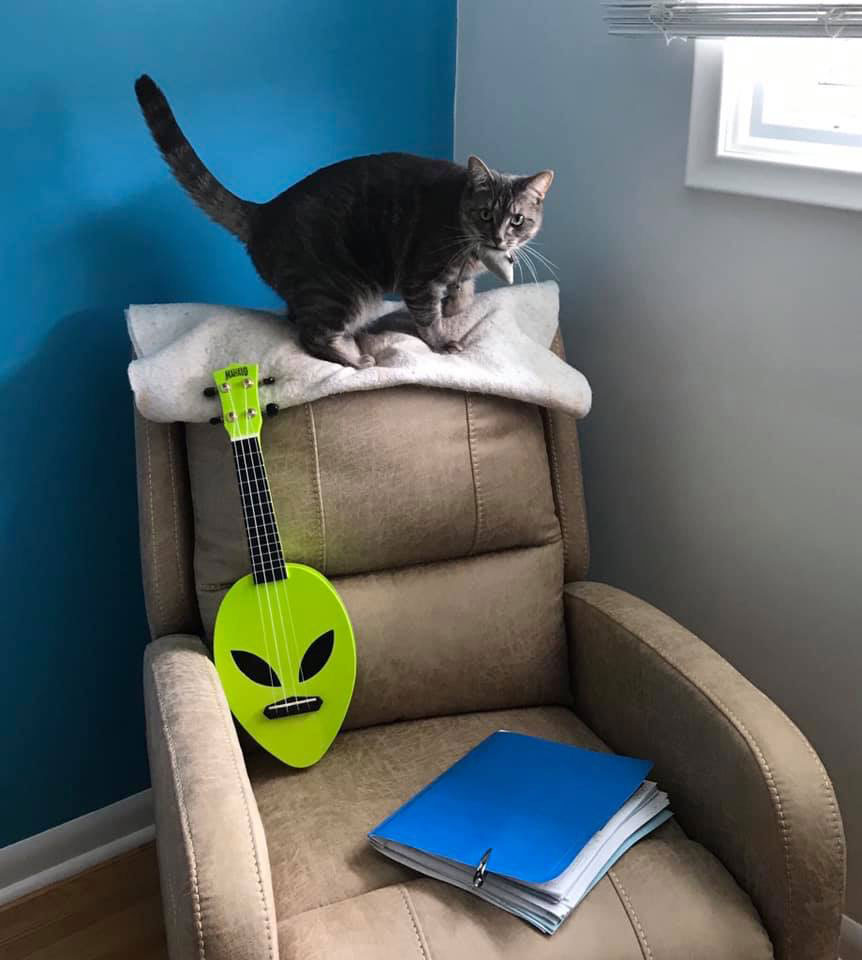 My green alien ukulele was the first one to exercise my brain.