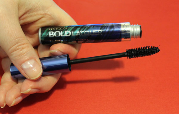 A look at the mascara brush for this product.