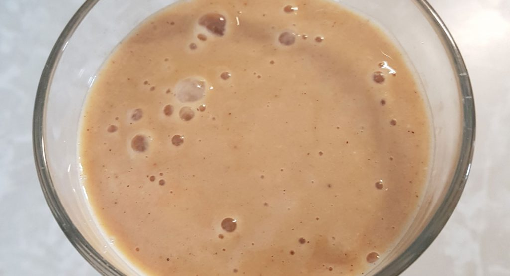 Cashew smoothie with oat milk.